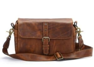 ONA Bowery Antique Cognac Leather กระเป๋ากล้อง