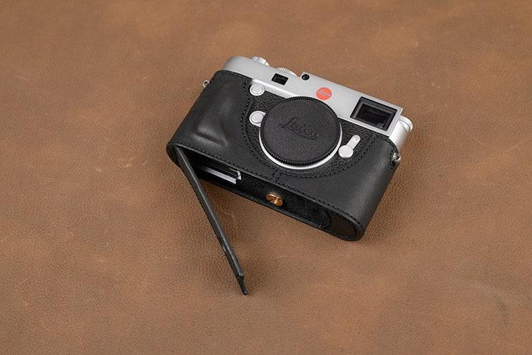 เคส Leica M10 เจาะช่องแบต