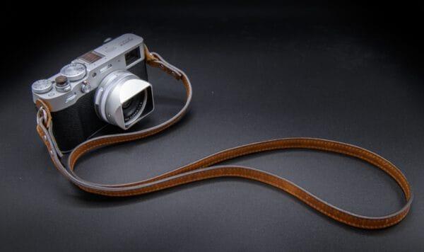 สายคล้องกล้องหนัง ONA The Sevilla