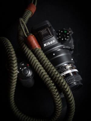 สายคล้องกล้อง Monarch