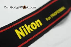 สายคล้องกล้อง Nikon สีดำแดง Strap 45 ของแท้ (Original)