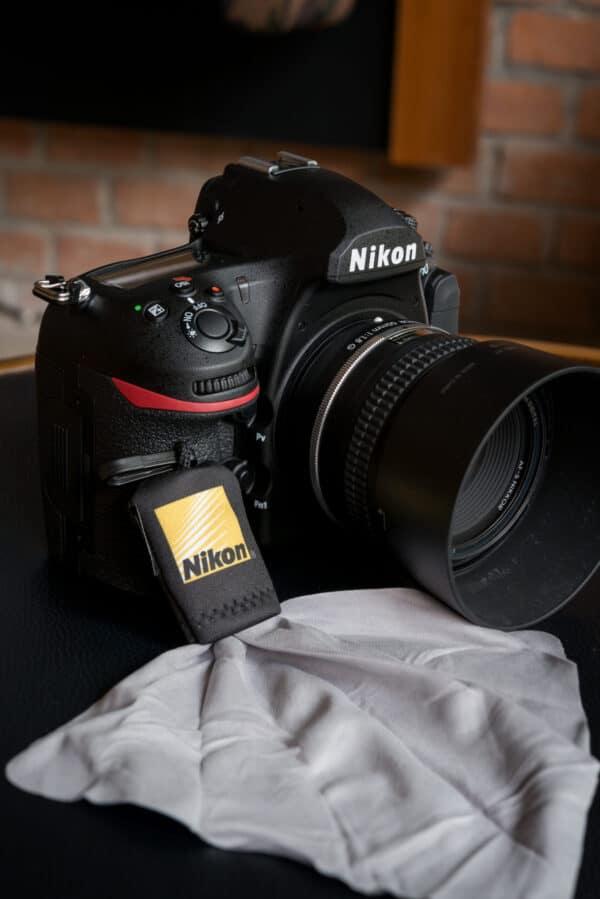 ผ้าเช็ดเลนส์ Nikon Micro Fiber