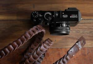 สายคล้องกล้องหนัง Nishikawa Walnut S784