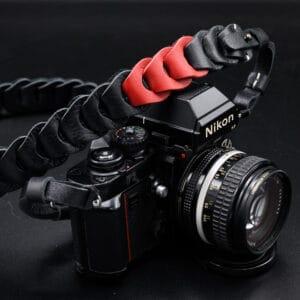 สายคล้องกล้อง Nishikawa S921 Black/Red for Leica SL2 SL