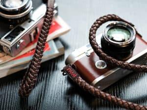 สายคล้องกล้อง Barton Whip Natural สีน้ำตาล