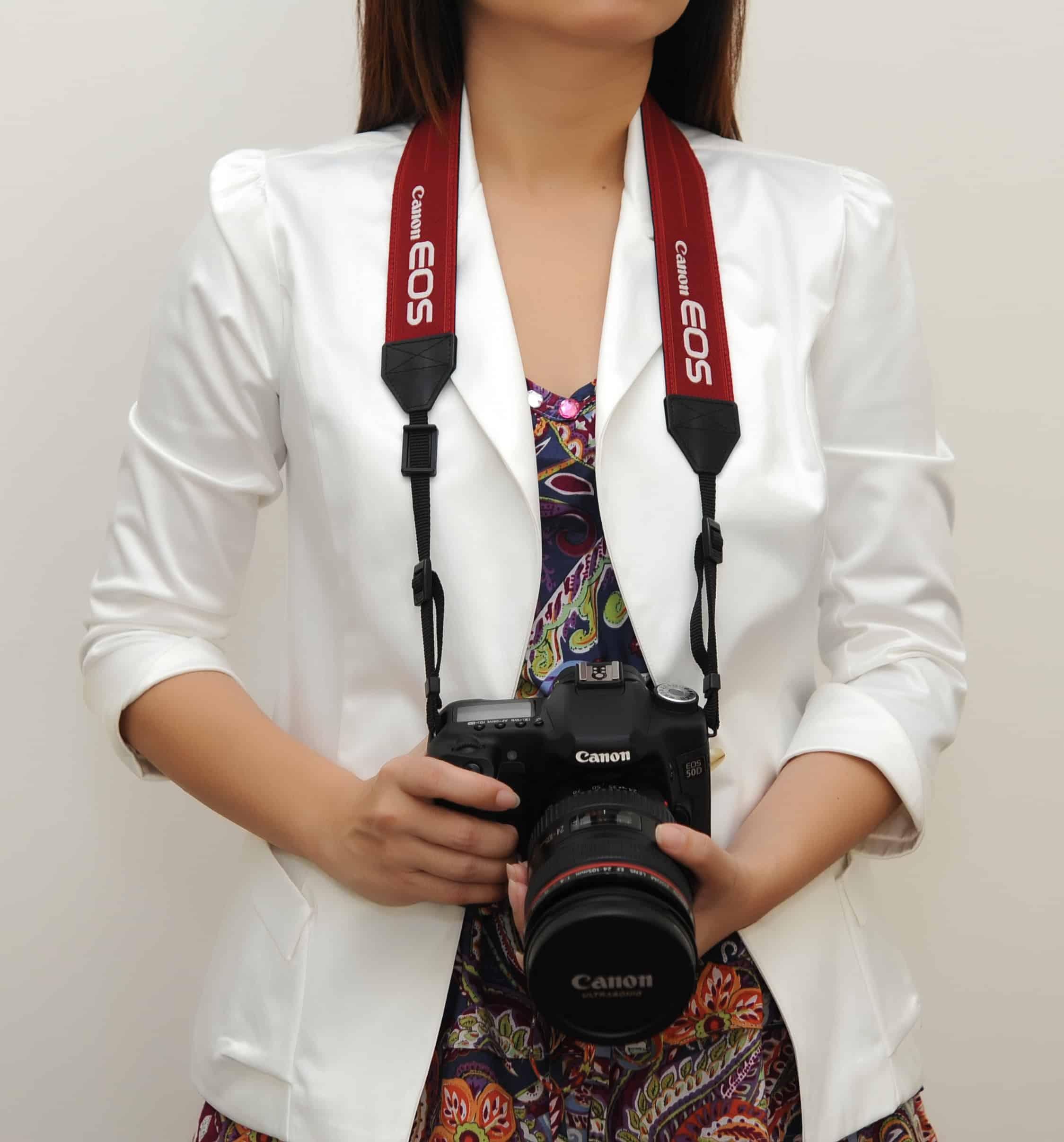 สายคล้องกล้อง Canon