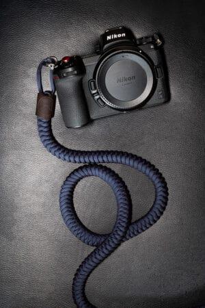 สายคล้องกล้อง Monarch Navy