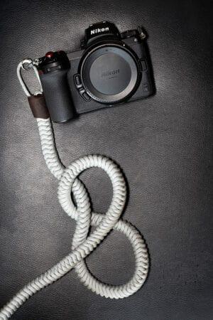 สายคล้องกล้อง Monarch Ash Grey