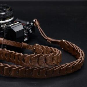 สายคล้องกล้อง Nishikawa S921 Walnut for Leica SL2 SL