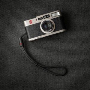 สายคล้องข้อมือกล้อง DeadCameras Black Nano