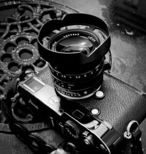 ฮูด Leica