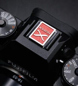 Hot Shoe Cover ที่ปิดช่องแฟลช Fuji X-series X100V XT4 XPRO3 สีแดง