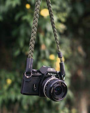 สายคล้องกล้อง Small Liberty Olive