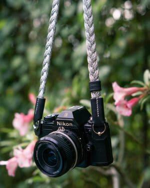 สายคล้องกล้อง SMLB Small Liberty Ash Silver