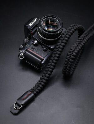 สายคล้องกล้อง Small Liberty Black Large เส้นใหญ่
