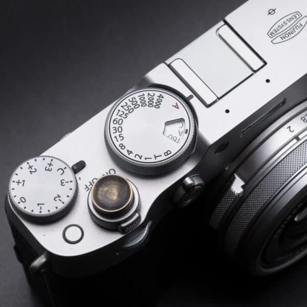 ปุ่มกล้องทองเหลืองรมดำ Vintage Brass Soft Release Button