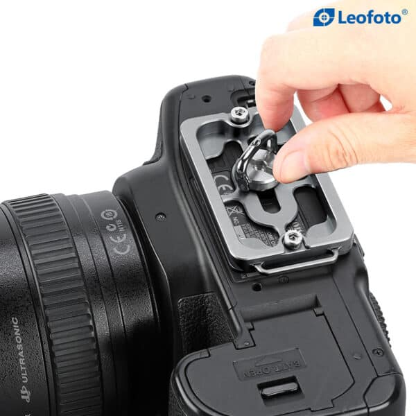 LeoFoto NP65T Universal Arca-swiss Plate เพลทขาตั้งกล้อง