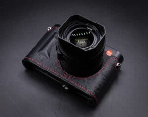 Leather Case Leica Q2 Black Premium Edition เคสหนังแท้ สีดำด้ายแดง