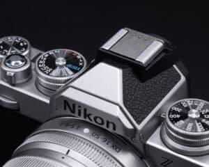 ตัวปิดช่องแฟลชโลหะ Nikon Zfc